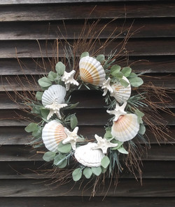 Scallop & Starfish Wreath