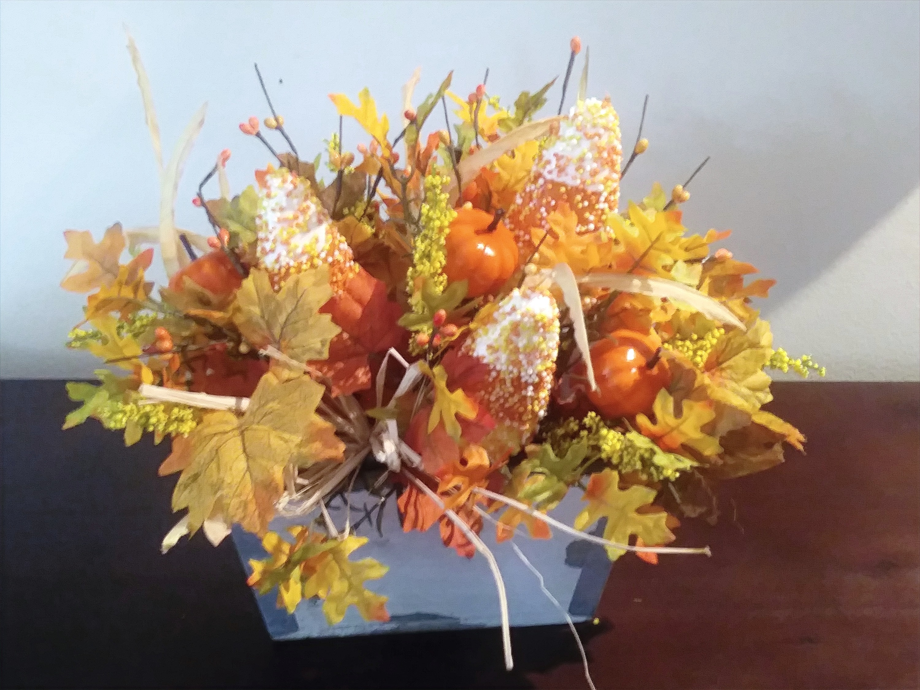2-1056 Fall Centerpiece
