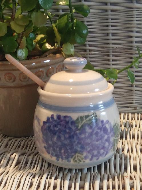 Honey Pot / Hydrangeas