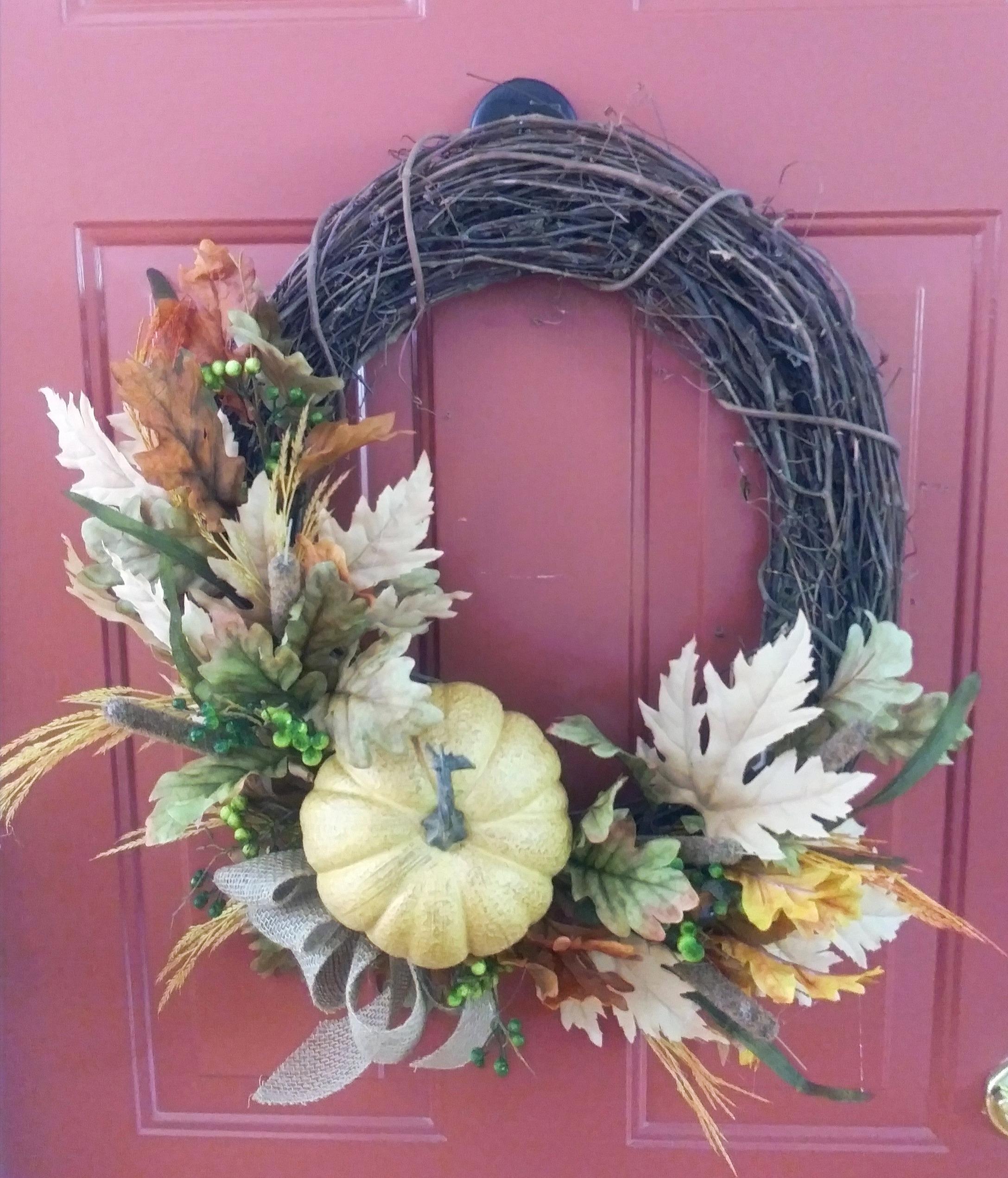 2-1062 Fall Grapevine Wreath