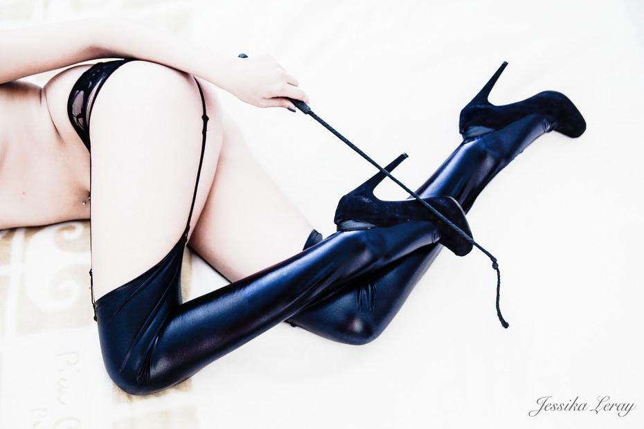 Bcommeboudoir- shooting boudoir- sensuality- studio- GENEVE- jessika LERAY- woman photographer