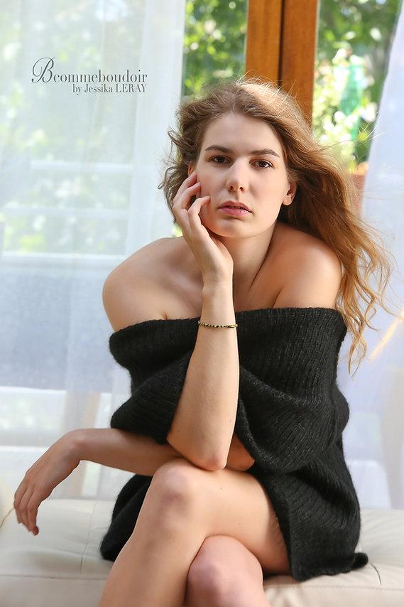portrait de femme, sensuelle, confiance en soi, studio photo, paris,
