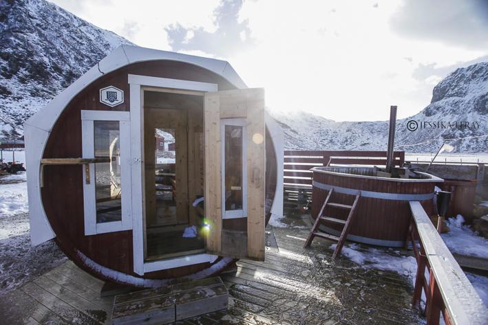 Unstad arctic surf' sauna