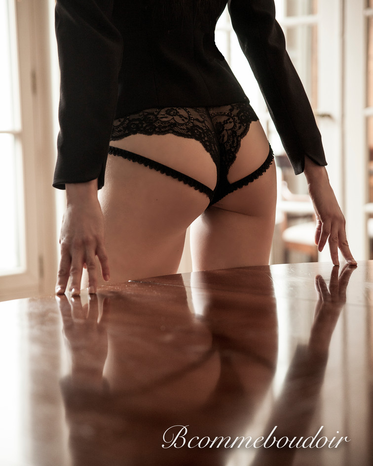 Jessika Leray, photographe, Photographe- shooting boudoir- sensuality- studio- GENEVE- jessika LERAY- woman photographer