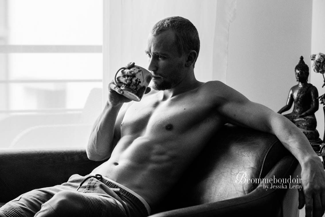 shooting boudoir- sensuality- studio- GENEVE- jessika LERAY- woman photographer- men