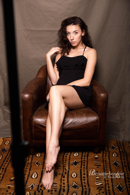 Séance photo simple et sans artifice d'une femme sensuelle pour un cadeau, ou pour gagner confiance en soi