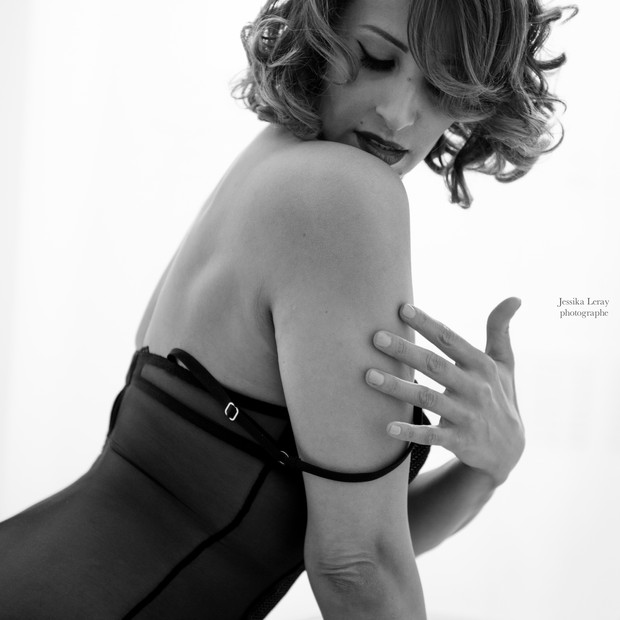 Bcommeboudoir, Boudoir, Paris, Studio, shooting boudoir- sensuality- studio- GENEVE- jessika LERAY- woman photographer