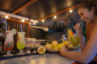 Tiki-Bar-cocktail.jpg