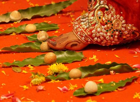 Significance of the beautiful Hindu ritual of Saptapadi