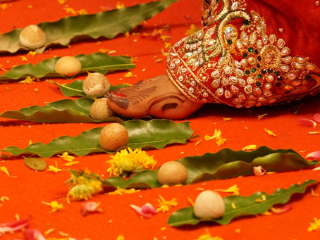 Significance of the beautiful Hindu ritual of Saptapadi