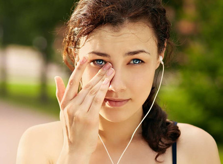 ITCHY EYES ? HERE'S WHY ..