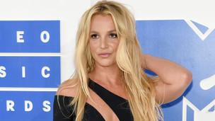 Juíza nega pedido para acabar com tutela do pai de Britney Spears
