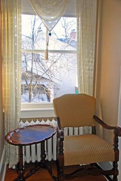McIntosh Sunny Window Seat