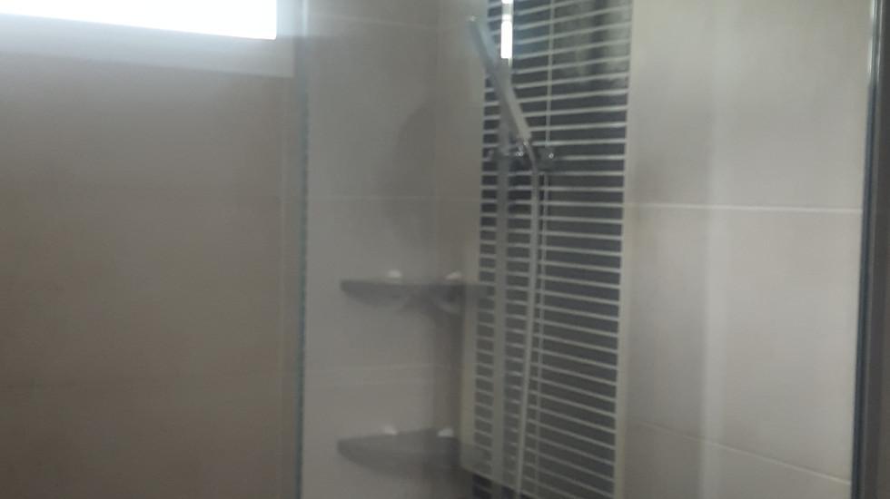 Salle de bain 4 - Nb Desginer- Agencement intérieur en Guadeloupe