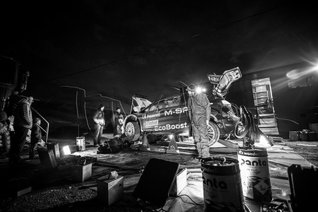 Tests Ford M-Sport - Assistance de nuit