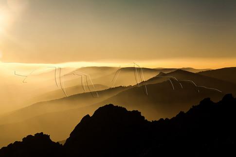 Lever de soleil sur les crêtes du massif du Caroux