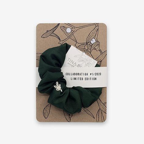 atelier8048-postkarte-mistelzweig-scrunchie-grün.jpg