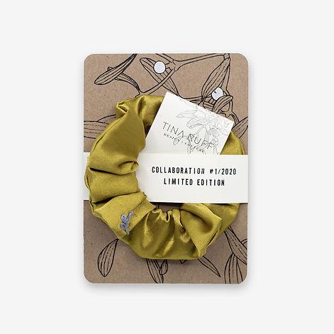 atelier8048-postkarte-mistelzweig-scrunchie-gold.jpg