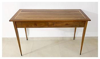 שולחן כתיבה מעץ אגוז אמריקאי