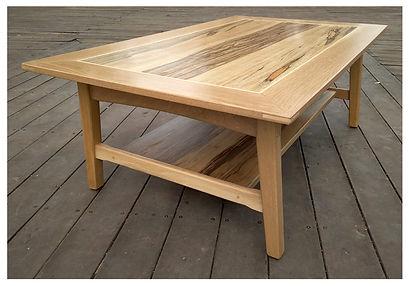 שולחן סלון מאלון לבן ואגוז אפריקאי