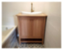 ארונית אמבטיה מעץ אלון לבן