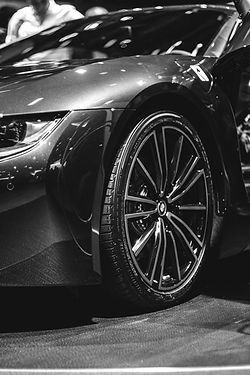 BMW%20i8%20-%20Bronze%20Wheels__edited.j