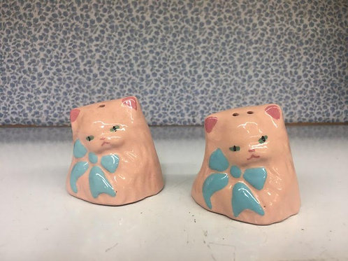 Vintage Kitty Salt & Pepper Shakers