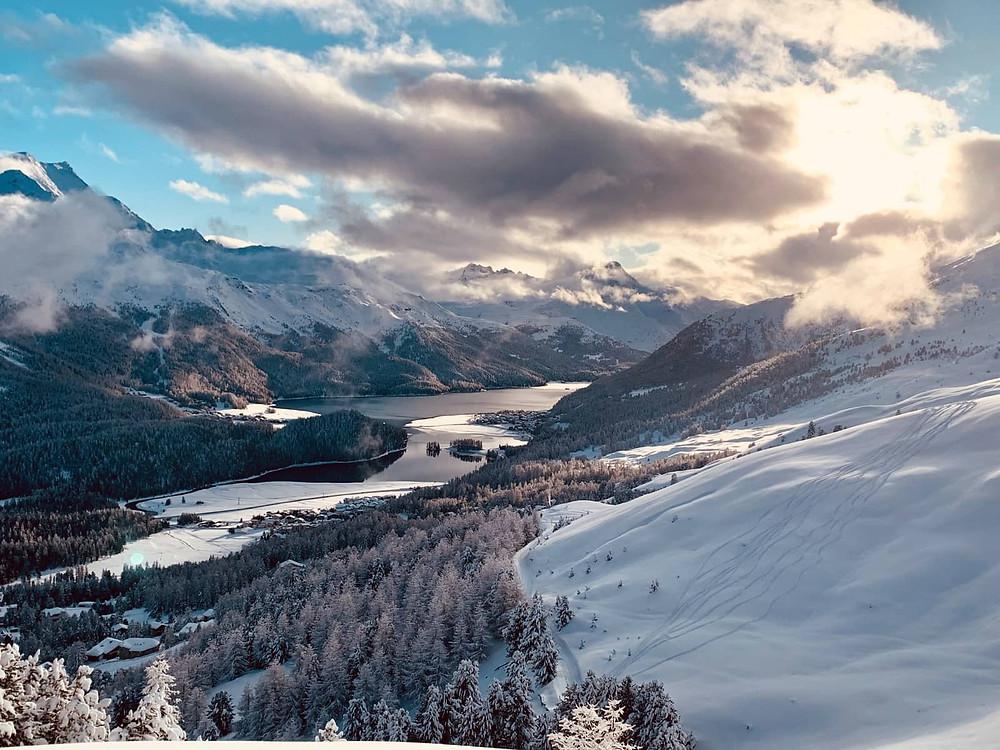 Engadin valley during sunset | winter in Switzerland