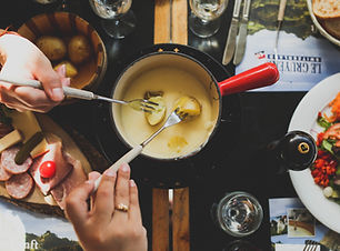 CYOU | Logo Swiss Traditions | Fondue
