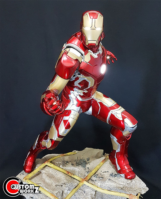 1/4 Sideshow Iron Man Mk 42 Statue Repaint to MK 43 Commission