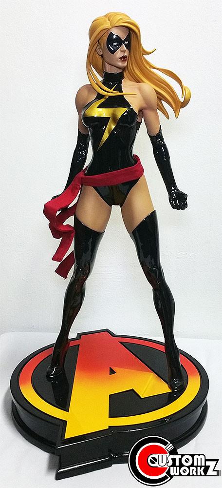 1/4 Miss Marvel Sideshow Premium Format Statue Repaint Commission