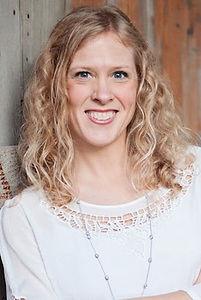 Tara Connolly chiropractor