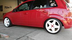 rodas pintadas de branco