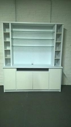 armario adesivado de branco fosco