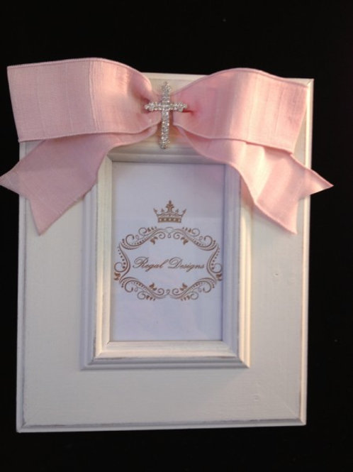Photo Frame w/ Bow & cross