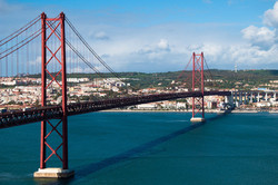 1280px-Lisbon_Bridge.jpg