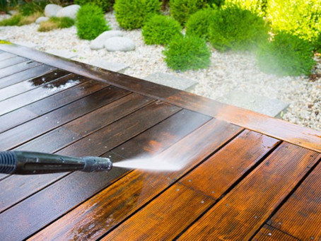 Deck Pressure Washing Mistakes to Avoid