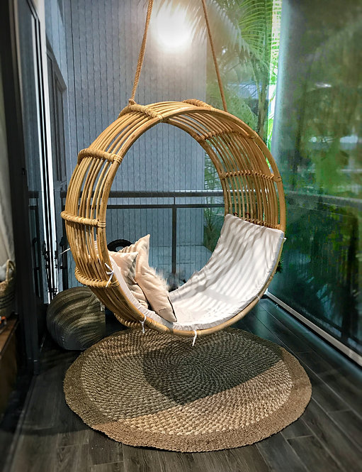 Island Living Patio Hanging Chair (Rattan)
