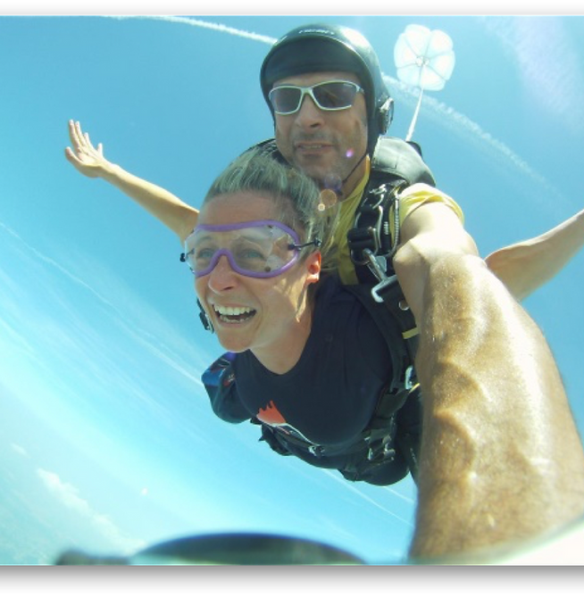 Donna Skydiving.png
