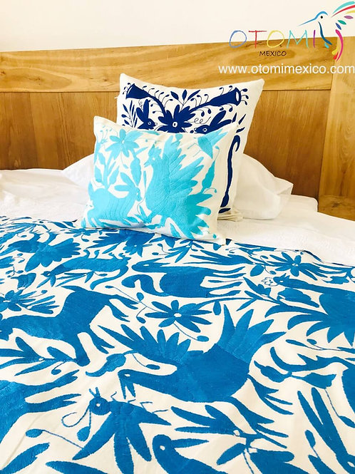 Otomi embroidered Bedspread - Blue