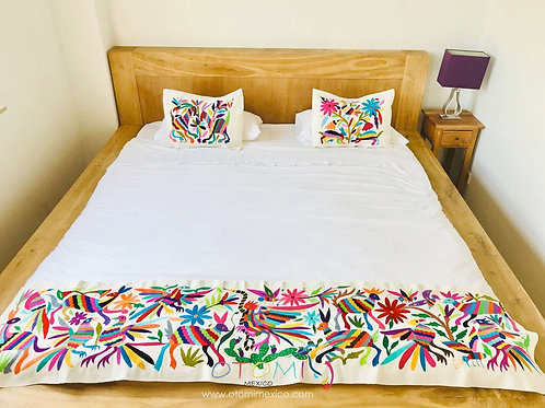 Mexican Embroidered Bedding - Set in Multicolor
