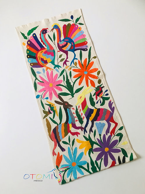 Table Runner in Multicolor- Birds and Blooms