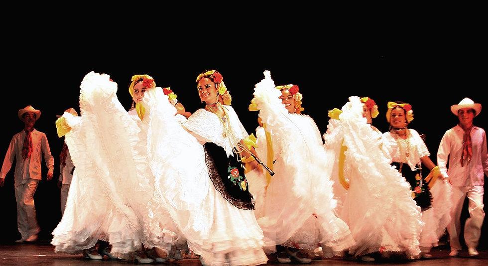 1 Ballet Folk de Veracruz (2).jpg