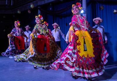 3 Ballet Folklórico de Veracruz 2.jpg