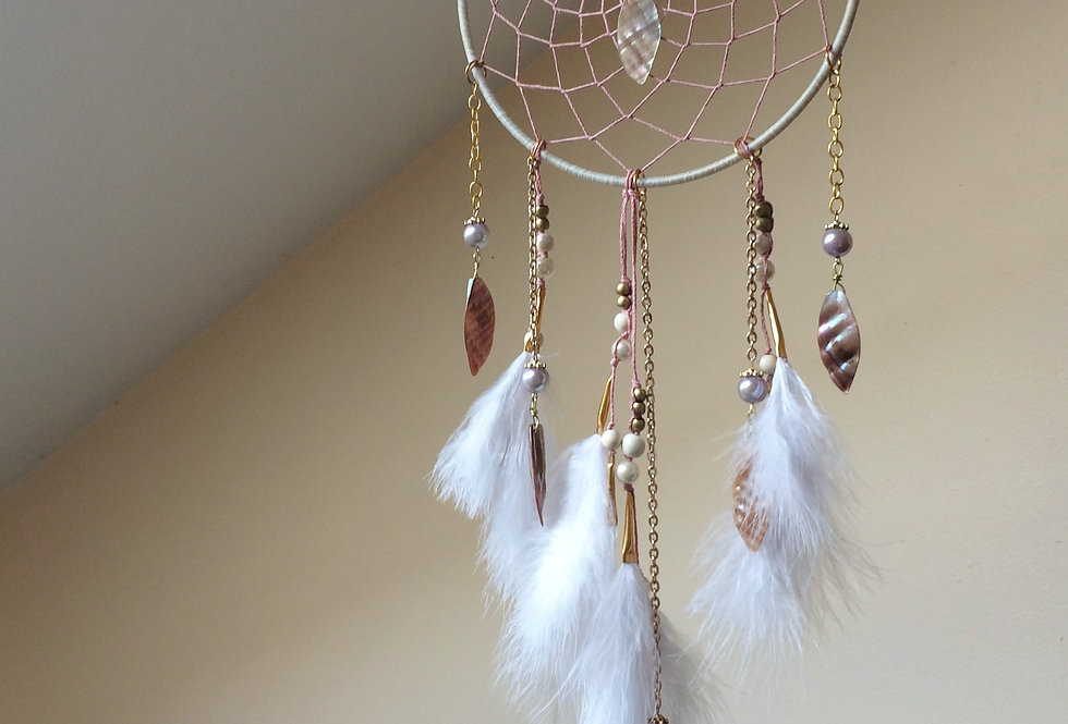 """MOTHER OF PEARL - ISLAND EMPRESS DREAMCATCHER 