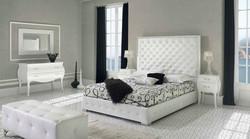 Кровать с высоким изголовьем NOUMA