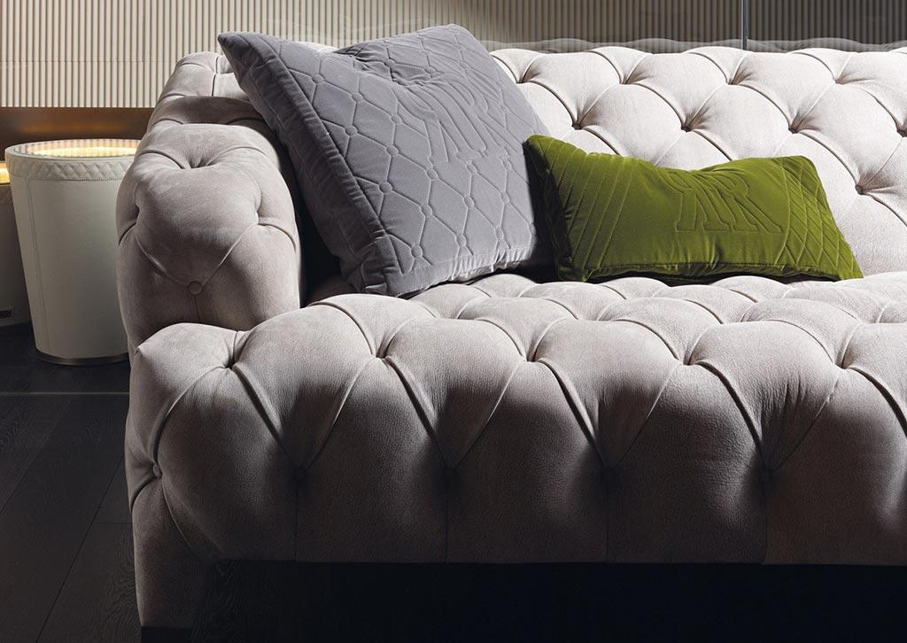 Прямой диван REGENT в LUXURYSOFAS