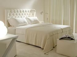 Кровать с высоким изголовьем NANTE