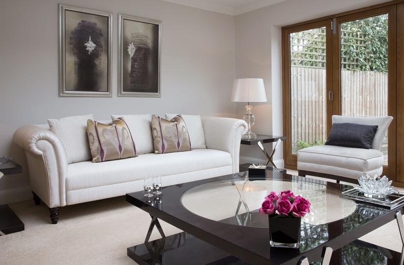Прямой диван HEPWORTH в LUXURYSOFAS