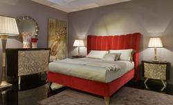 Кровать с высоким изголовьем ARKEO
